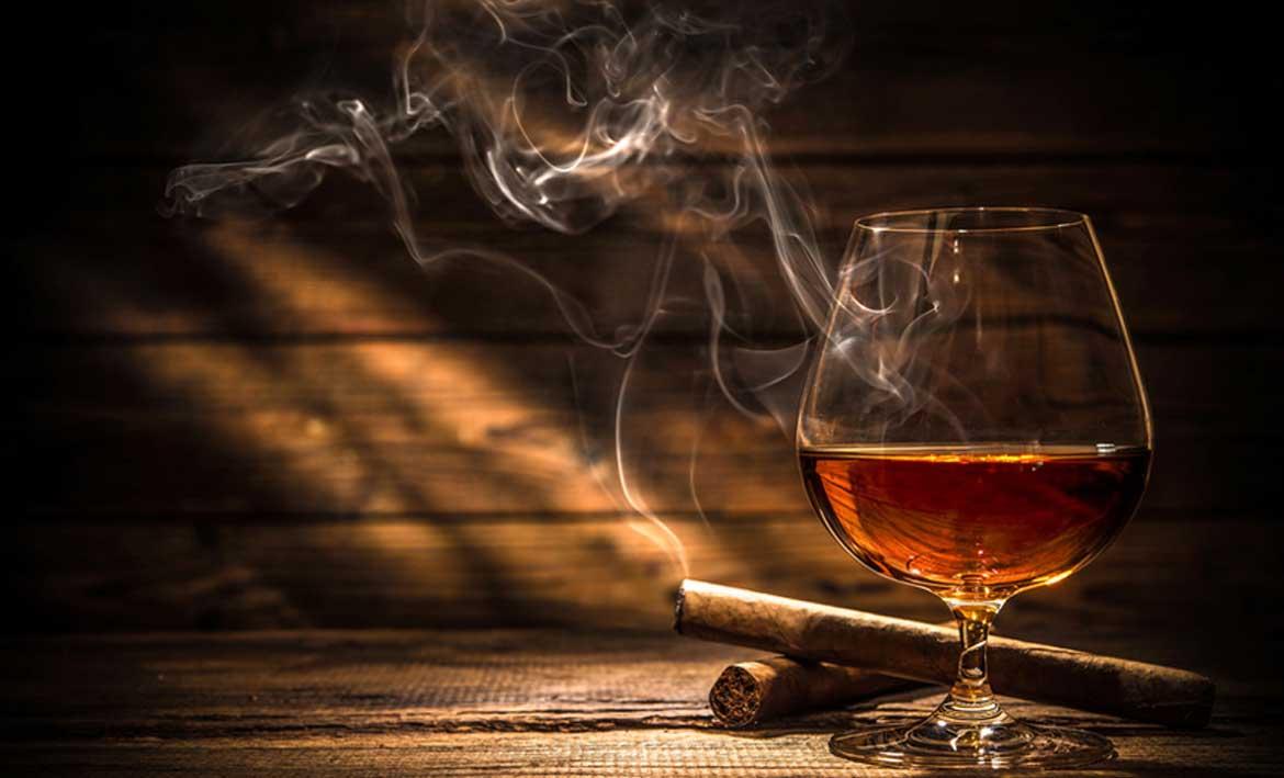 Cognac mit Zigarre